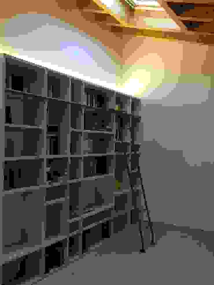 Realizzazioni Adami|Zeni Ingegneria e Architettura Estudios y despachos de estilo moderno