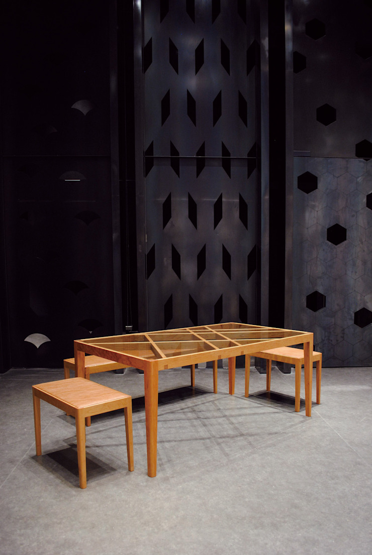 Slash table1: iei studioが手掛けた折衷的なです。,オリジナル 木 木目調