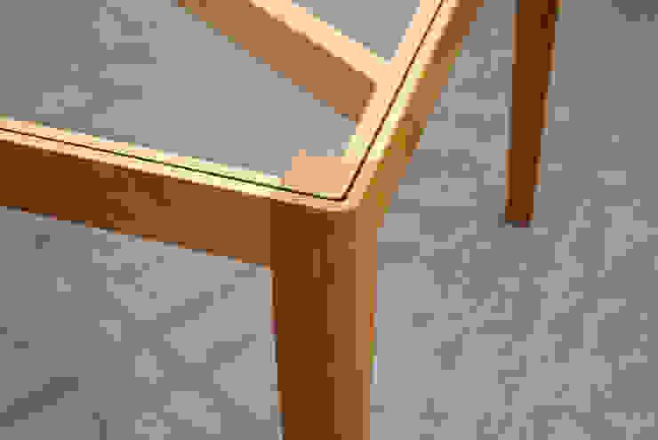 Slash table5: iei studioが手掛けた折衷的なです。,オリジナル 木 木目調