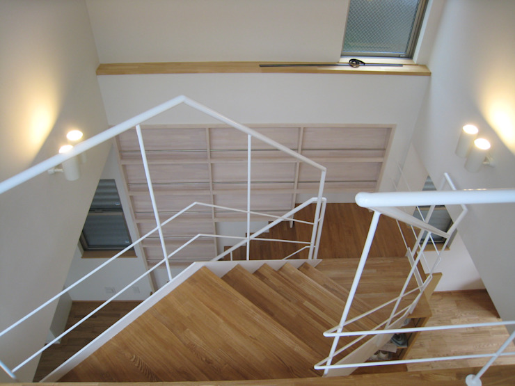 喜連の家 Ⅱ モダンスタイルの 玄関&廊下&階段 の 株式会社 atelier waon モダン