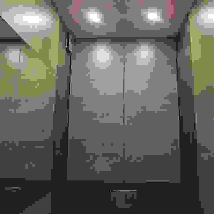 Dom jednorodzinny Nowoczesna łazienka od studio bonito Nowoczesny