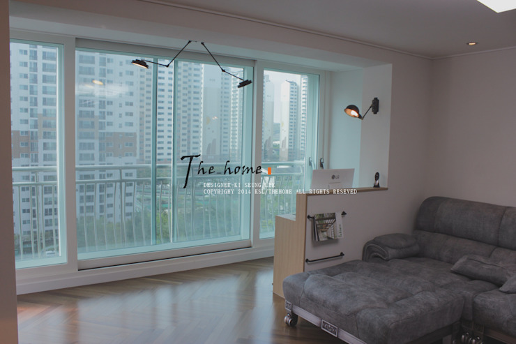 관저동 신선마을아파트 38평형 Before & After : 더홈인테리어의  거실,모던