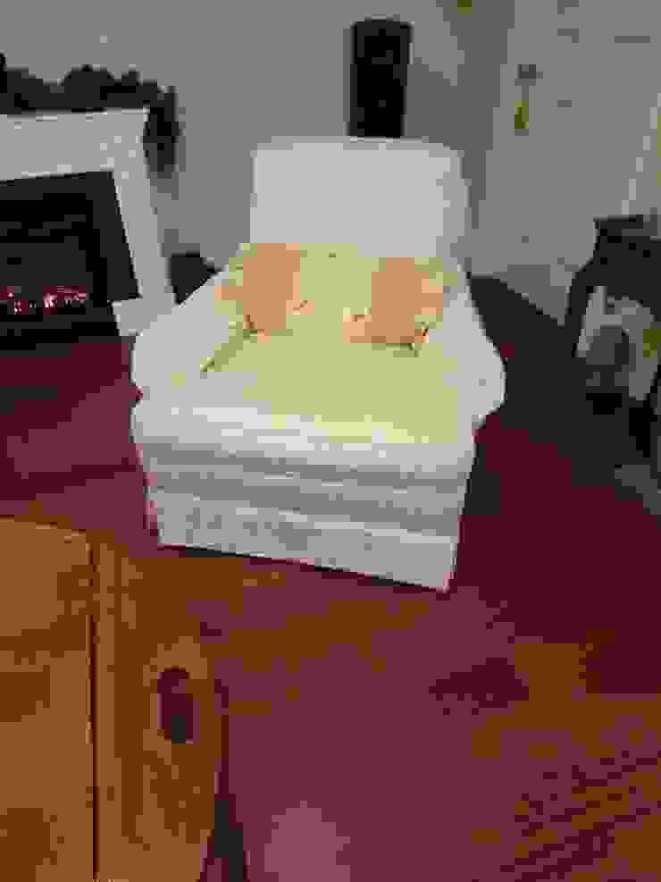 1 seater sofa: (株)工房スタンリーズが手掛けたクラシックです。,クラシック 合成繊維 ブラウン
