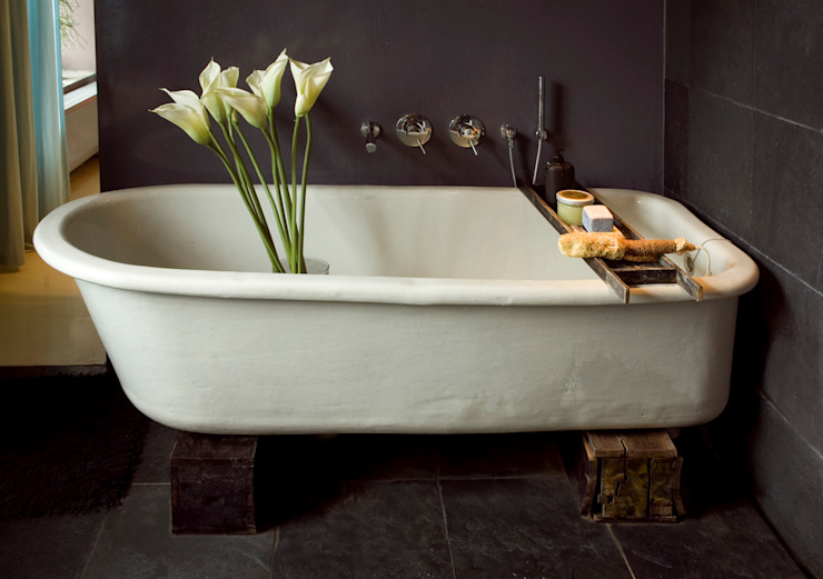 Eclectic style bathroom by Baltic Design Shop Eclectic