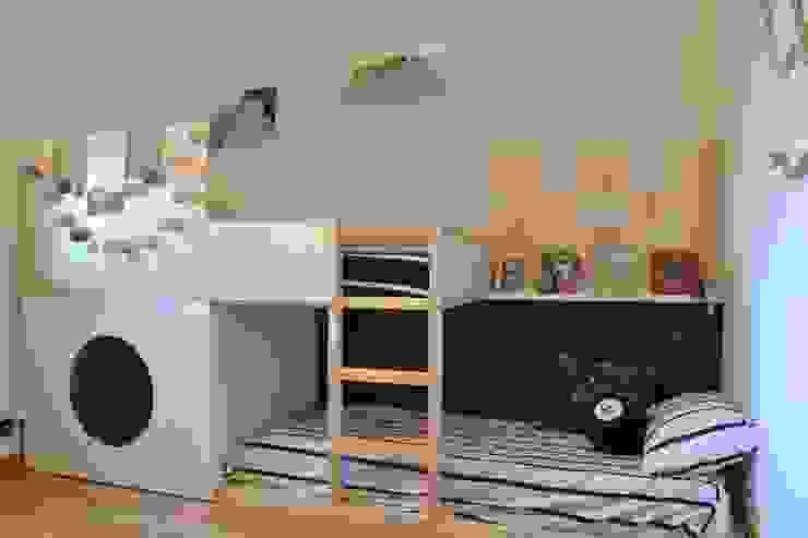 STAGING DI UNA CASA VACANZA di Home Lifting Moderno