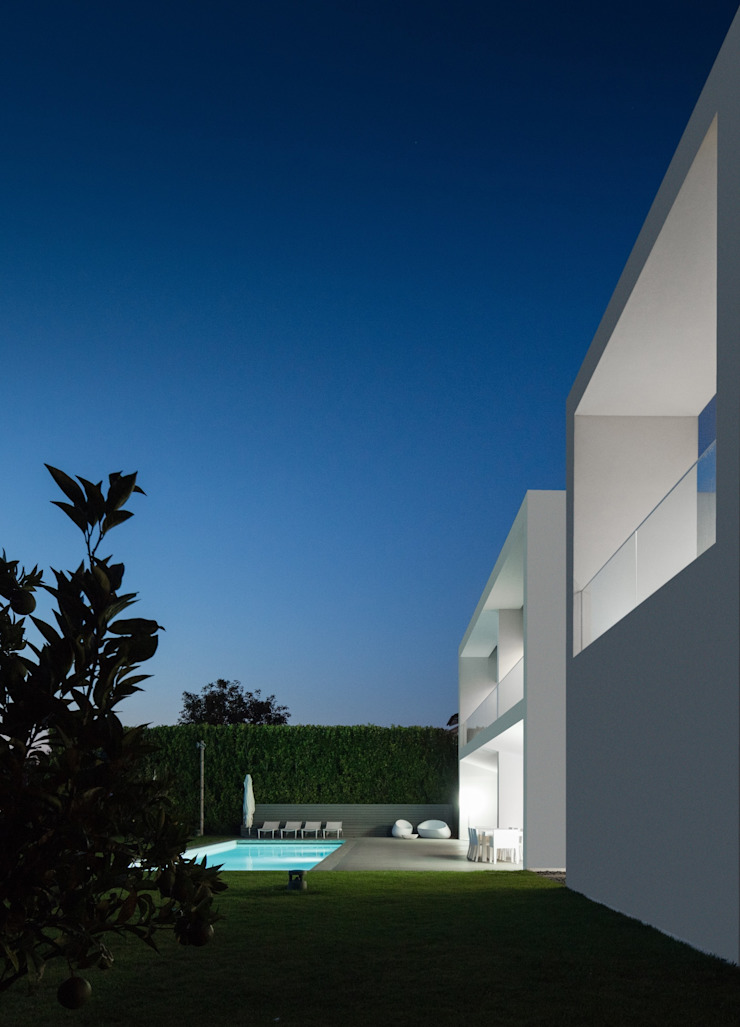 Casa Touguinhó II Piscinas minimalistas por Raulino Silva Arquitecto Unip. Lda Minimalista