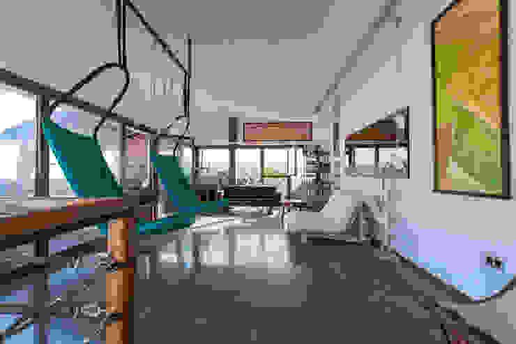 Estudios y oficinas de estilo  por Pablo Cousinou , Ecléctico
