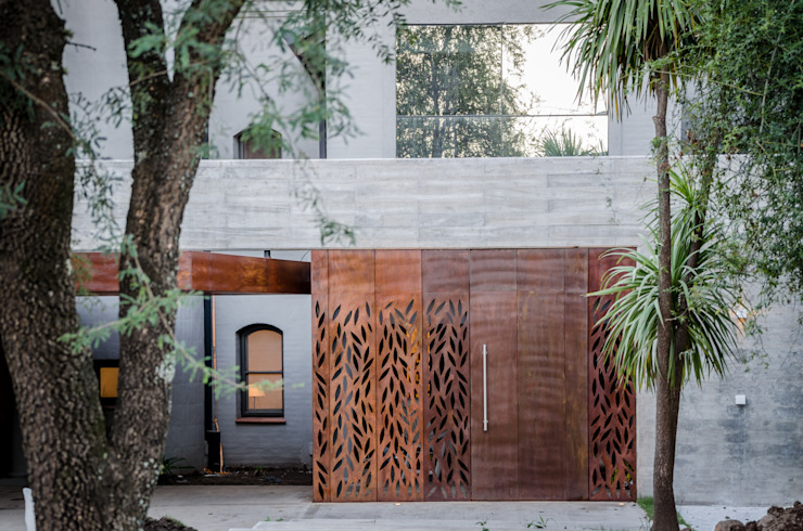 BLOS Arquitectos Modern windows & doors Copper/Bronze/Brass