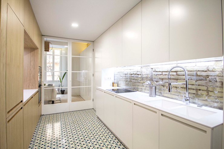Kitchen by DonateCaballero Arquitectos