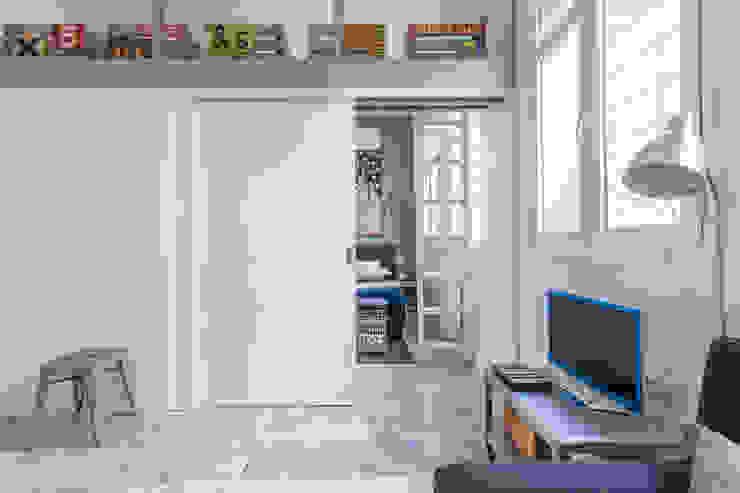Camera da letto moderna di Pablo Cousinou Moderno
