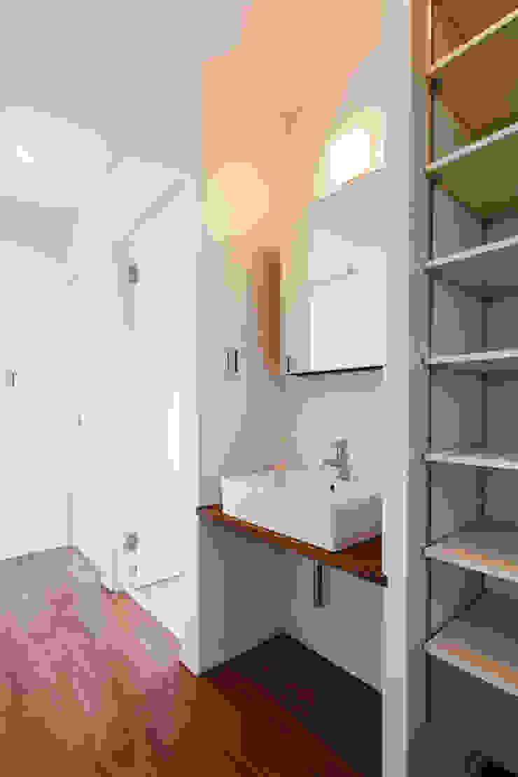 Oyako House オリジナルスタイルの お風呂 の Studio REI 一級建築士事務所 オリジナル
