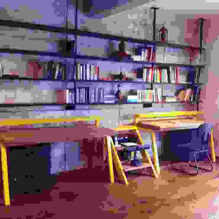 Cobertura Duplex Santana 290m² Escritórios minimalistas por Fabiana Rosello Arquitetura e Interiores Minimalista