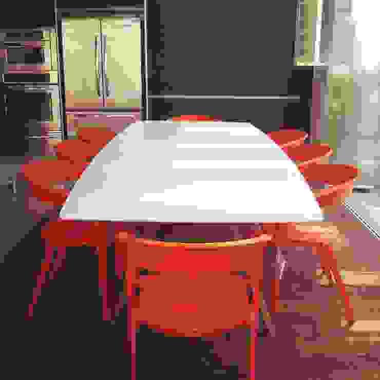Cobertura Duplex Santana 290m² Salas de jantar minimalistas por Fabiana Rosello Arquitetura e Interiores Minimalista