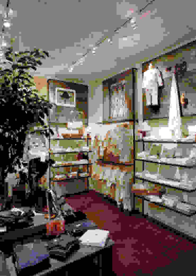 shop01 オリジナルデザインの 多目的室 の SMART413/末永寛人 オリジナル