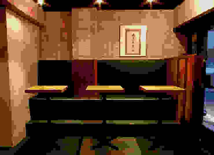 Restaurant02 オリジナルデザインの ダイニング の SMART413/末永寛人 オリジナル