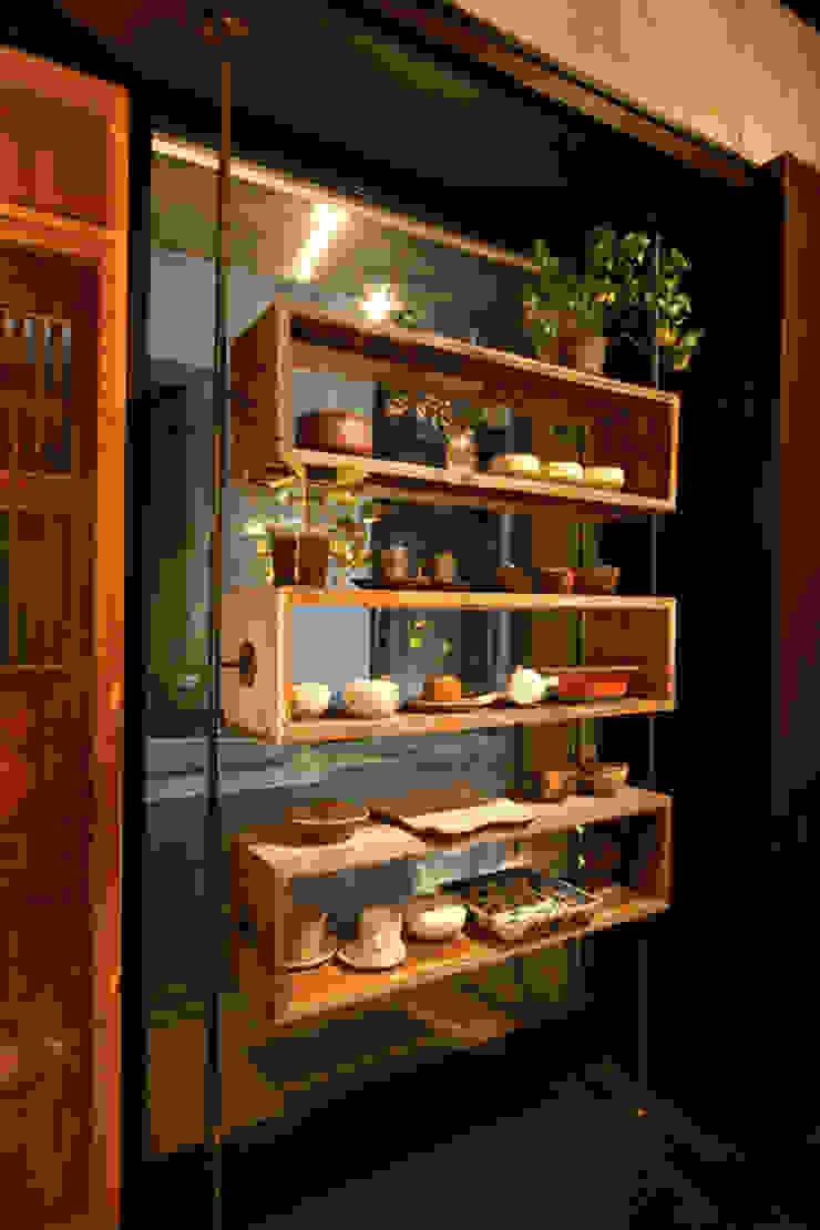 Restaurant02 オリジナルな 窓&ドア の SMART413/末永寛人 オリジナル