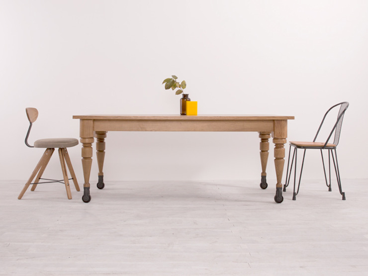 """Industrial Furniture PLANGROUP """"NOBLE Series D8"""": PLANGROUP의  다이닝 룸"""