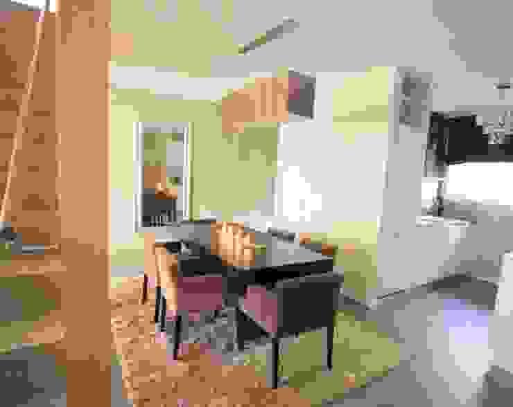 Appartement contemporain zen Salle à manger moderne par CSInterieur Moderne