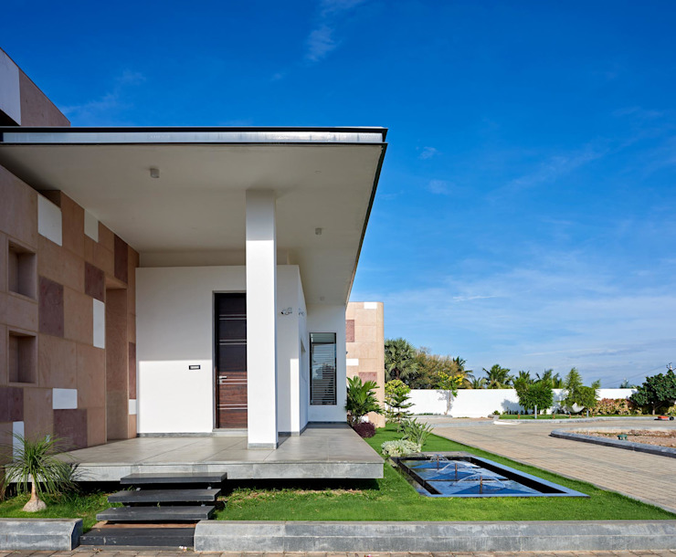 Simple straight lines Modern houses by Cubism Modern