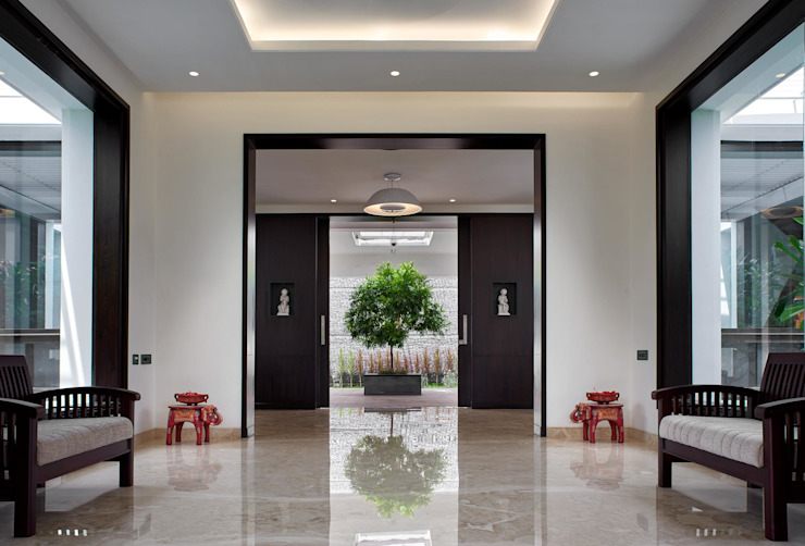 Simple straight lines Modern corridor, hallway & stairs by Cubism Modern