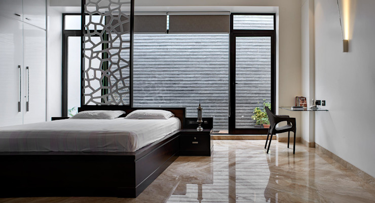 Simple straight lines Modern style bedroom by Cubism Modern