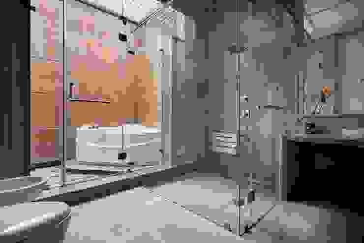 Simple straight lines Modern bathroom by Cubism Modern