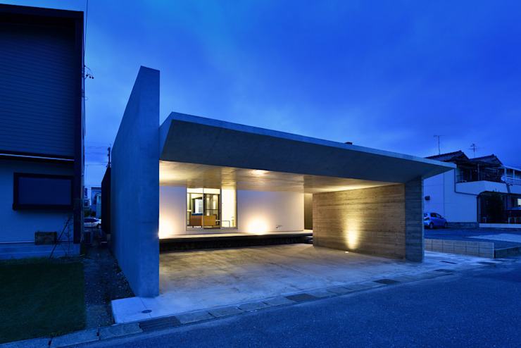Eclectic style houses by Egawa Architectural Studio Eclectic