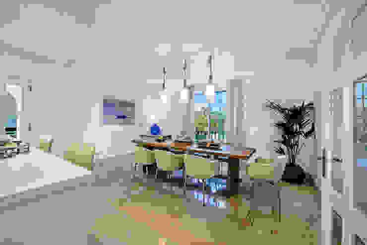 modern  by Interdesign Interiores, Modern