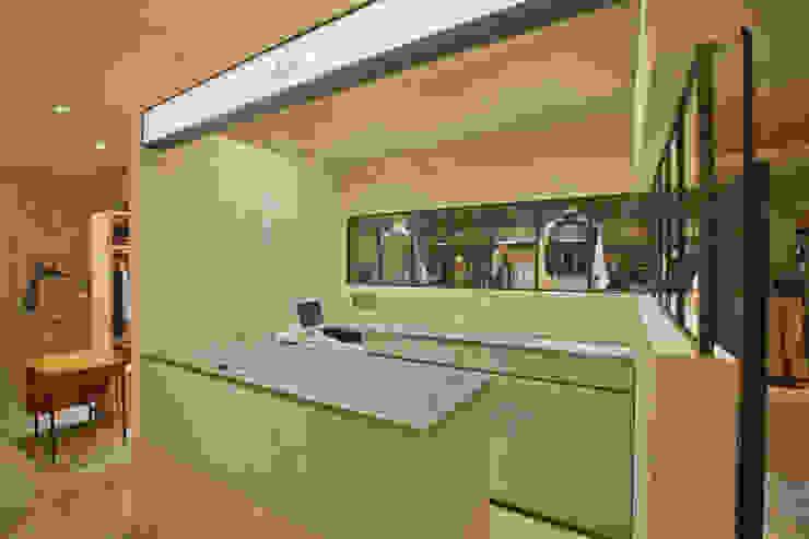 Sheta ルクア1100店 インダストリアルデザインの 多目的室 の TOOP design works インダストリアル 金属