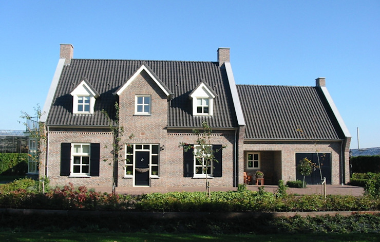 Vooraanzicht landhuis in stijl van een Kempische Hoeve. Landelijke huizen van Villa Delphia Landelijk