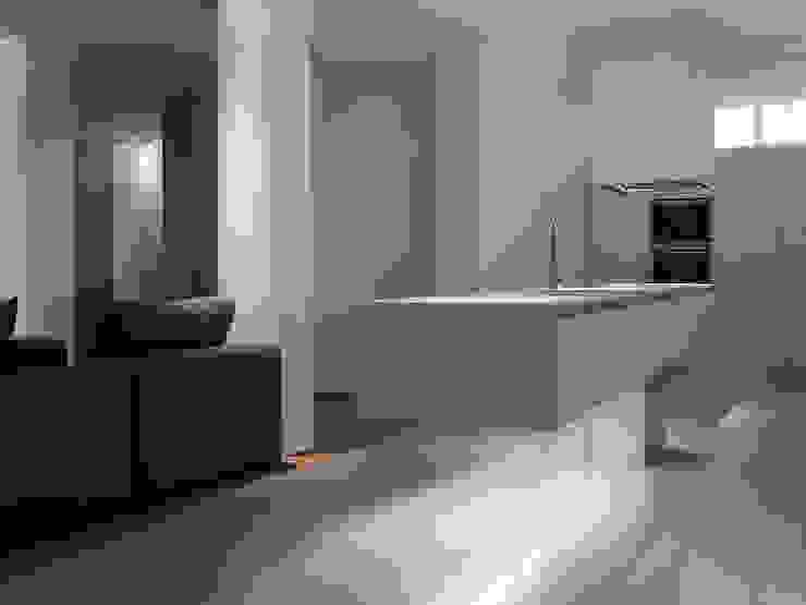 Vida bajo tierra Cocinas de estilo moderno de Sanchez y Delgado Moderno