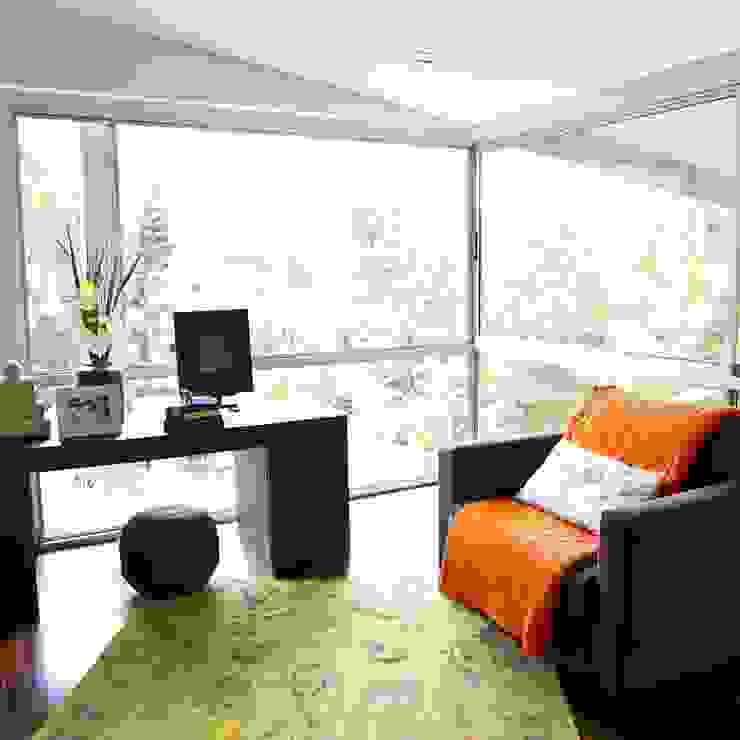Decoración de Interiores: Salas de estilo  por solrodriguez75,