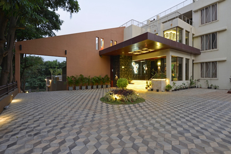HIGH END BUNGALOW- LONAVALA: eclectic  by AIS Designs,Eclectic