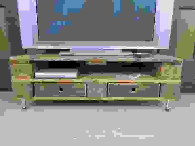 Sideboard - Lowboard aus gebrauchten Europaletten Woodupcycling WohnzimmerTV- und Mediamöbel Braun