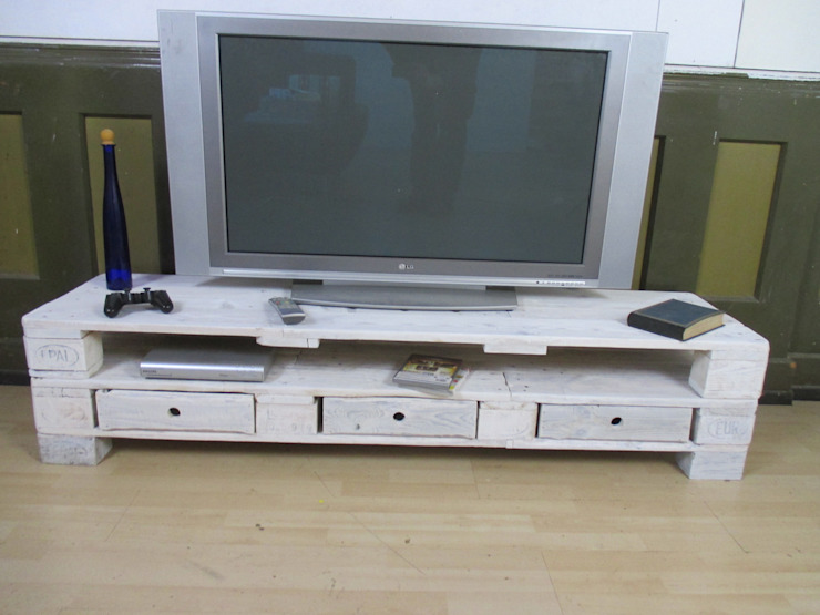 Sideboard - Lowboard aus gebrauchten Europaletten Woodupcycling WohnzimmerSchränke und Sideboards Weiß