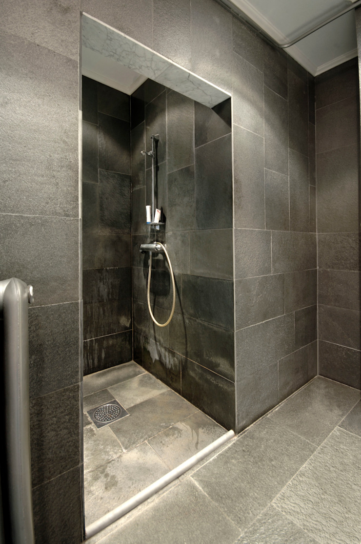 natursteinwolf GmbH & Co. KG - die natursteinmanufaktur Scandinavian style bathroom
