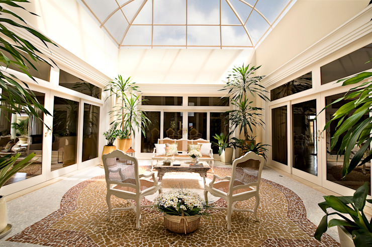 Classic style conservatory by Two Design Classic