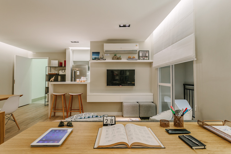 P. HOUSE Salas multimídia modernas por STUDIO LN Moderno