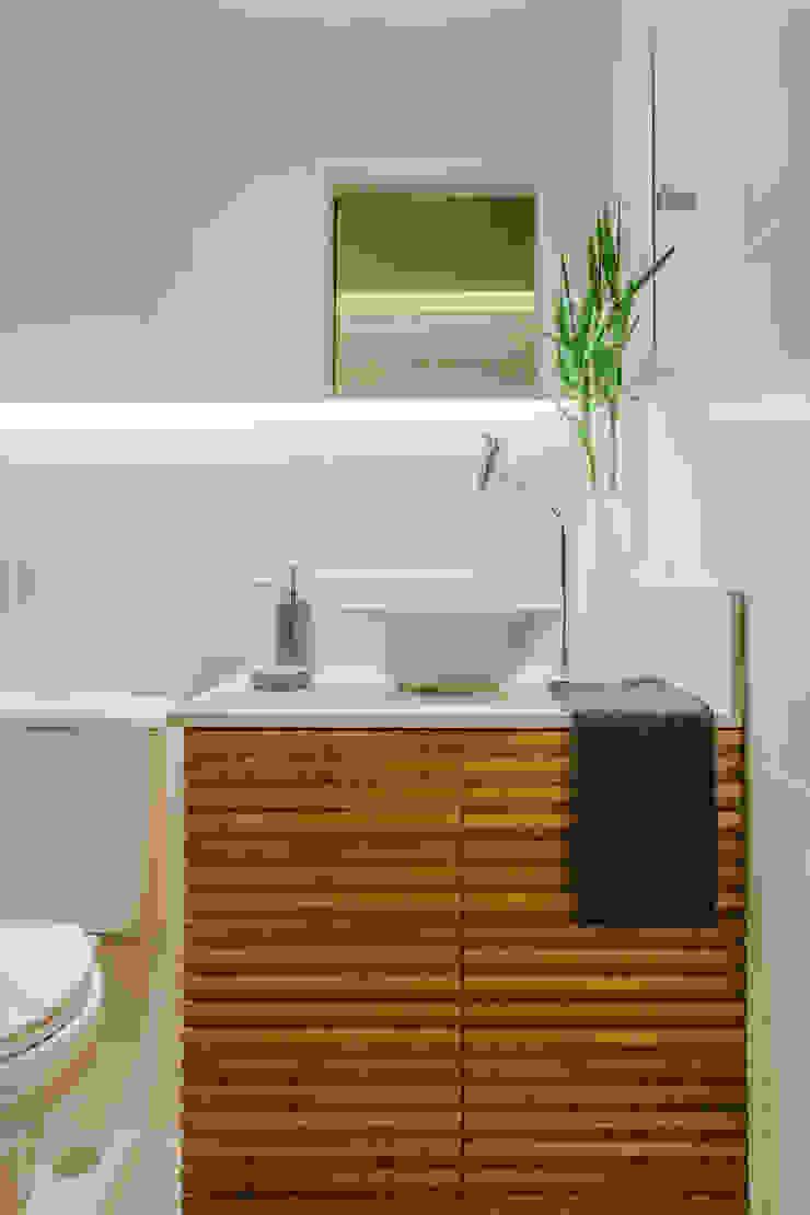 STUDIO LN Modern bathroom