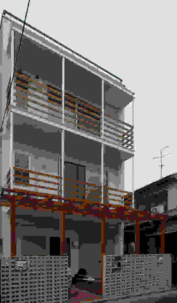 桜町の家 モダンな 家 の 株式会社 atelier waon モダン