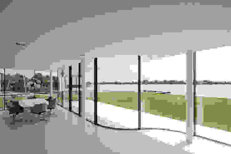 Patios & Decks by Lab32 architecten