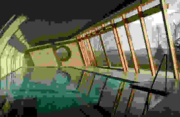 Landelijke zwembaden van em Architekten GmbH Landelijk