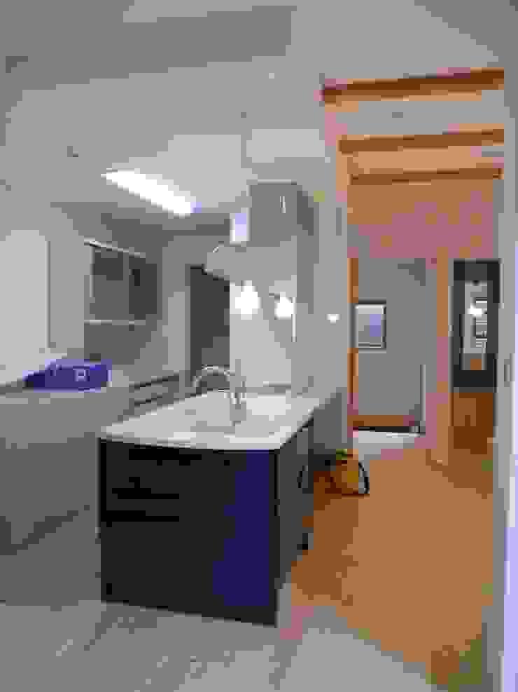 平野の家 北欧デザインの キッチン の 株式会社 atelier waon 北欧
