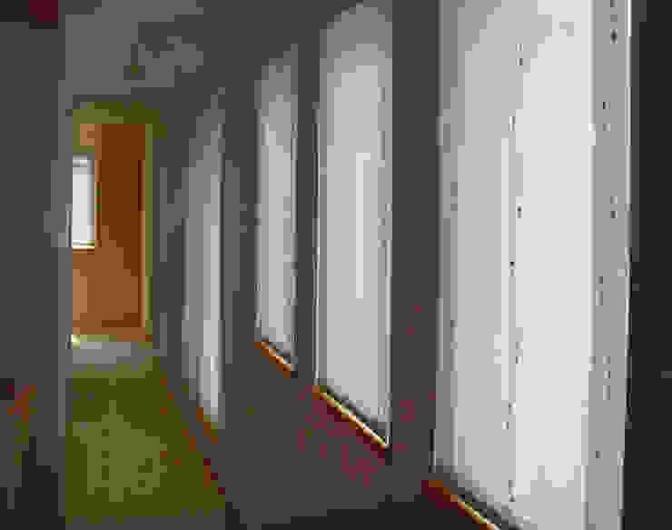 平野の家 北欧デザインの 多目的室 の 株式会社 atelier waon 北欧