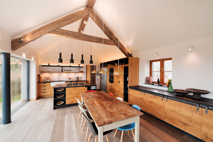 Down Barton, Devon 모던스타일 주방 by Trewin Design Architects 모던
