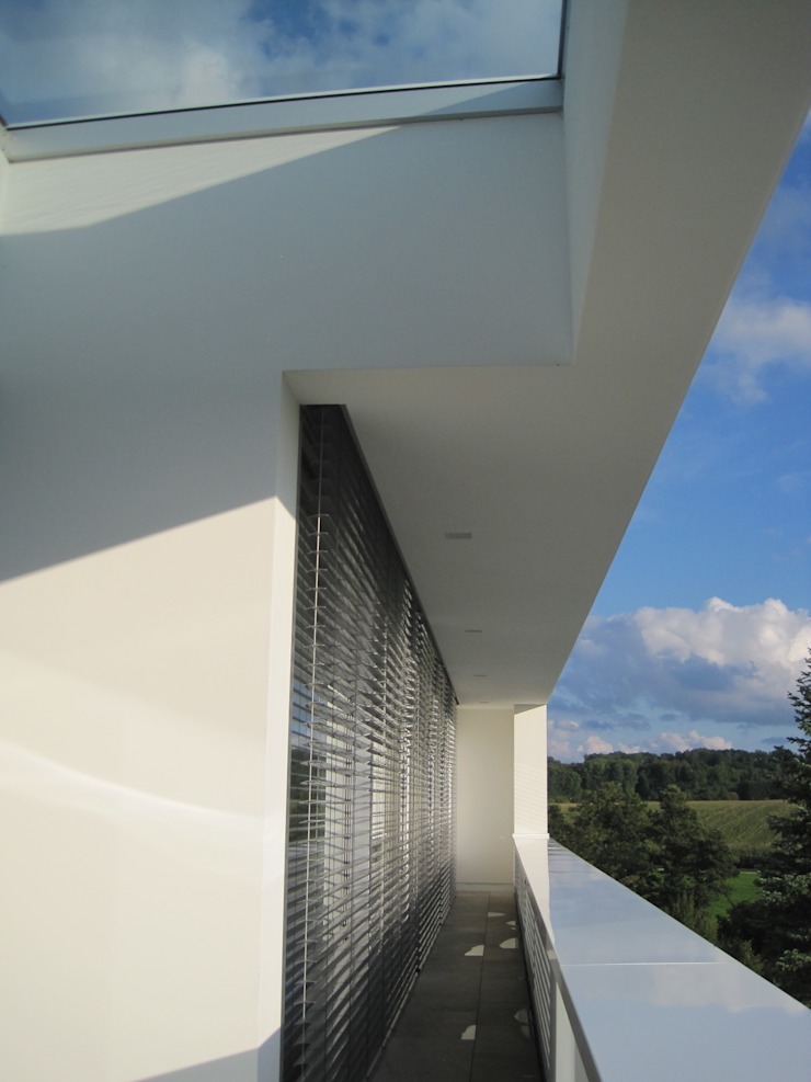 Hiên, sân thượng phong cách hiện đại bởi Diemer Architekten Part. mbB Hiện đại