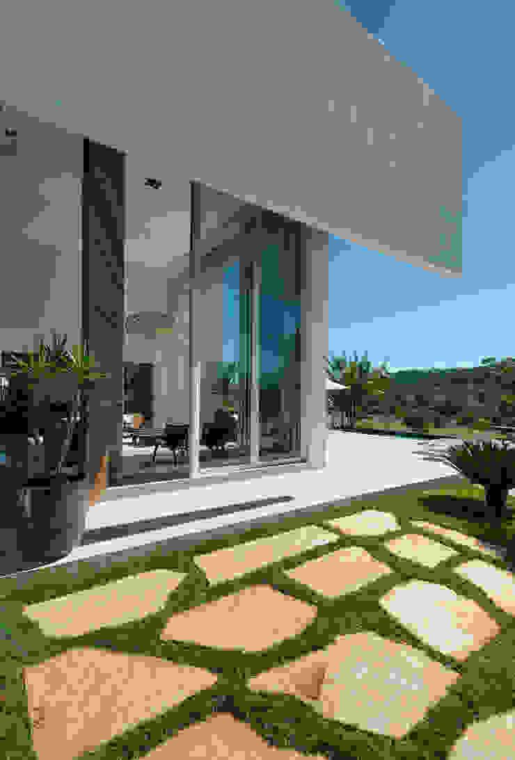Casa Aldeia 082 Casas modernas por dayala+rafael arquitetura Moderno