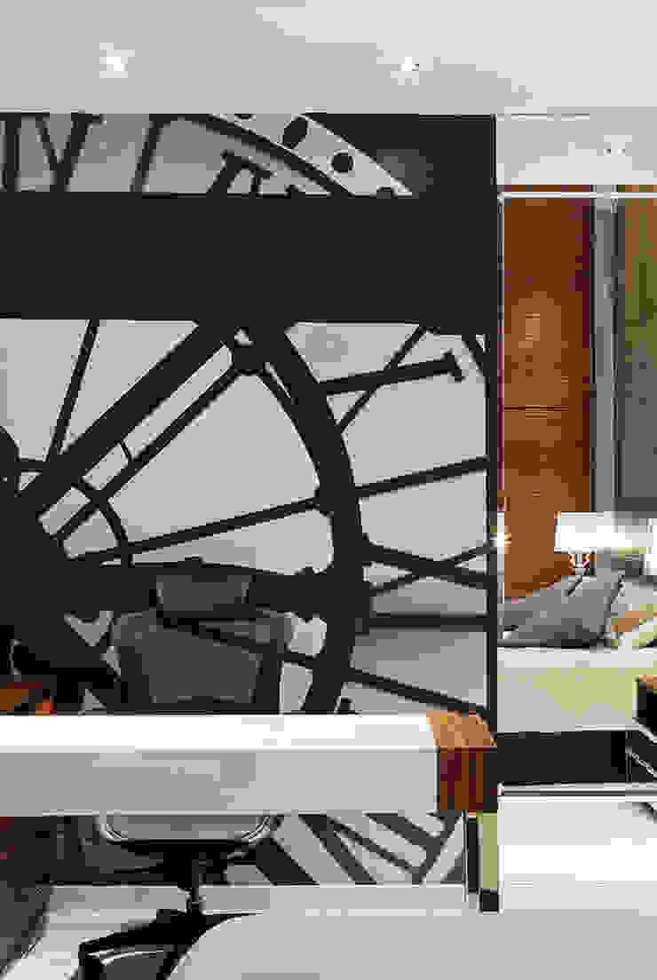 Suite do Casal AQVA Escritórios modernos por daniela andrade arquitetura Moderno