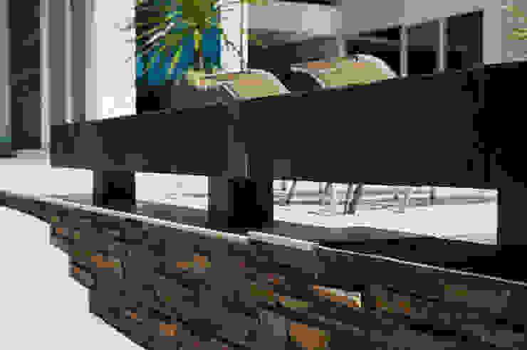 Casa Aldeia 082 Varandas, alpendres e terraços modernos por dayala+rafael arquitetura Moderno