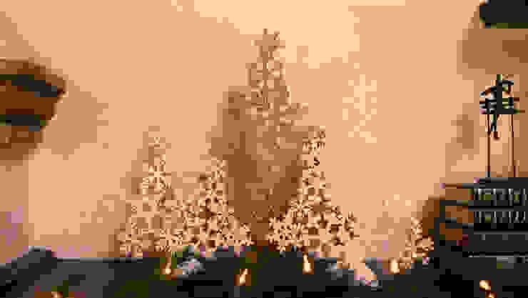 Repisa adornada para Navidad. de MARIANGEL COGHLAN